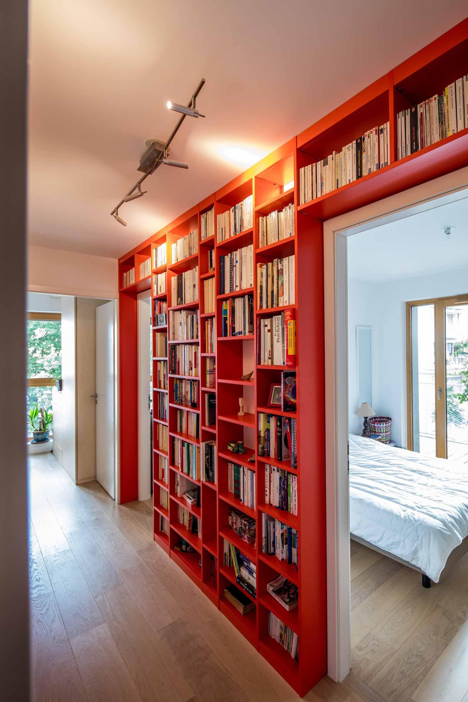 biblioth que color e couloir compagnie des ateliers. Black Bedroom Furniture Sets. Home Design Ideas