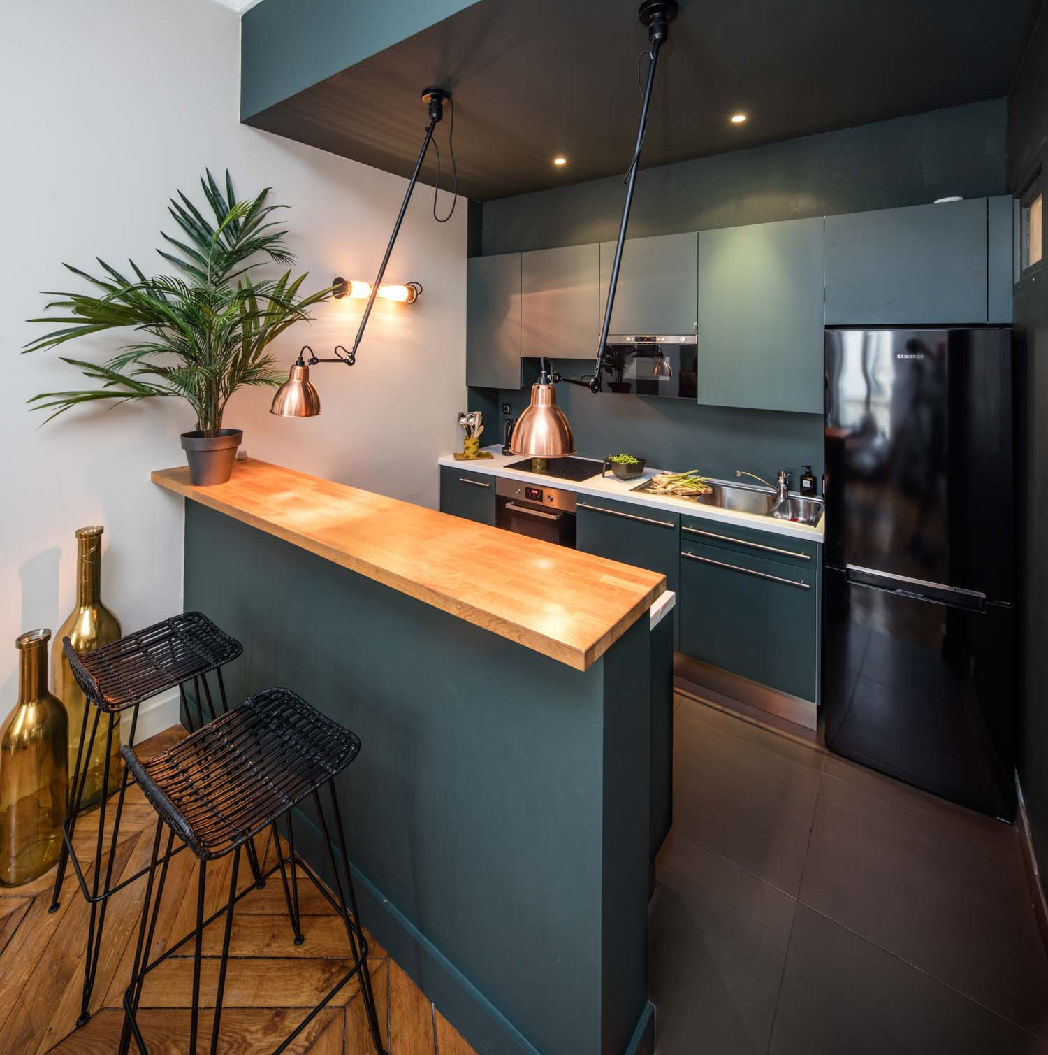 Cuisine Amenagee Design Et Sur Mesure La Compagnie Des Ateliers