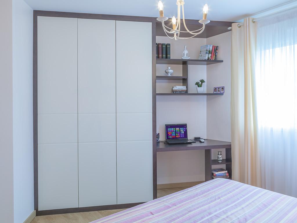 Chambre avec dressing, placard et bureau - Compagnie des Ateliers