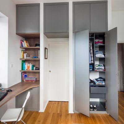 Bureau en bois foncé sur-mesure -version ouverte
