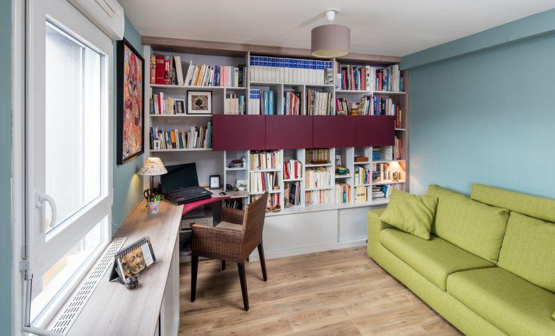 Bibliothèque avec caisson suspendus