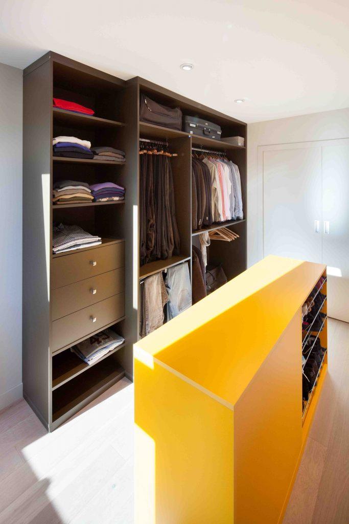 dressing fonc avec meuble pour chaussures. Black Bedroom Furniture Sets. Home Design Ideas