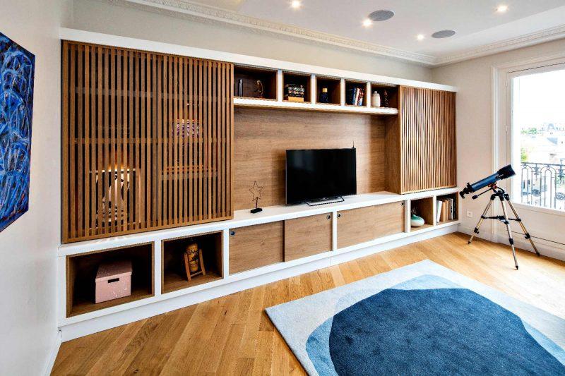 Meuble TV portes coulissantes avec tasseaux - vue de côté ouverte