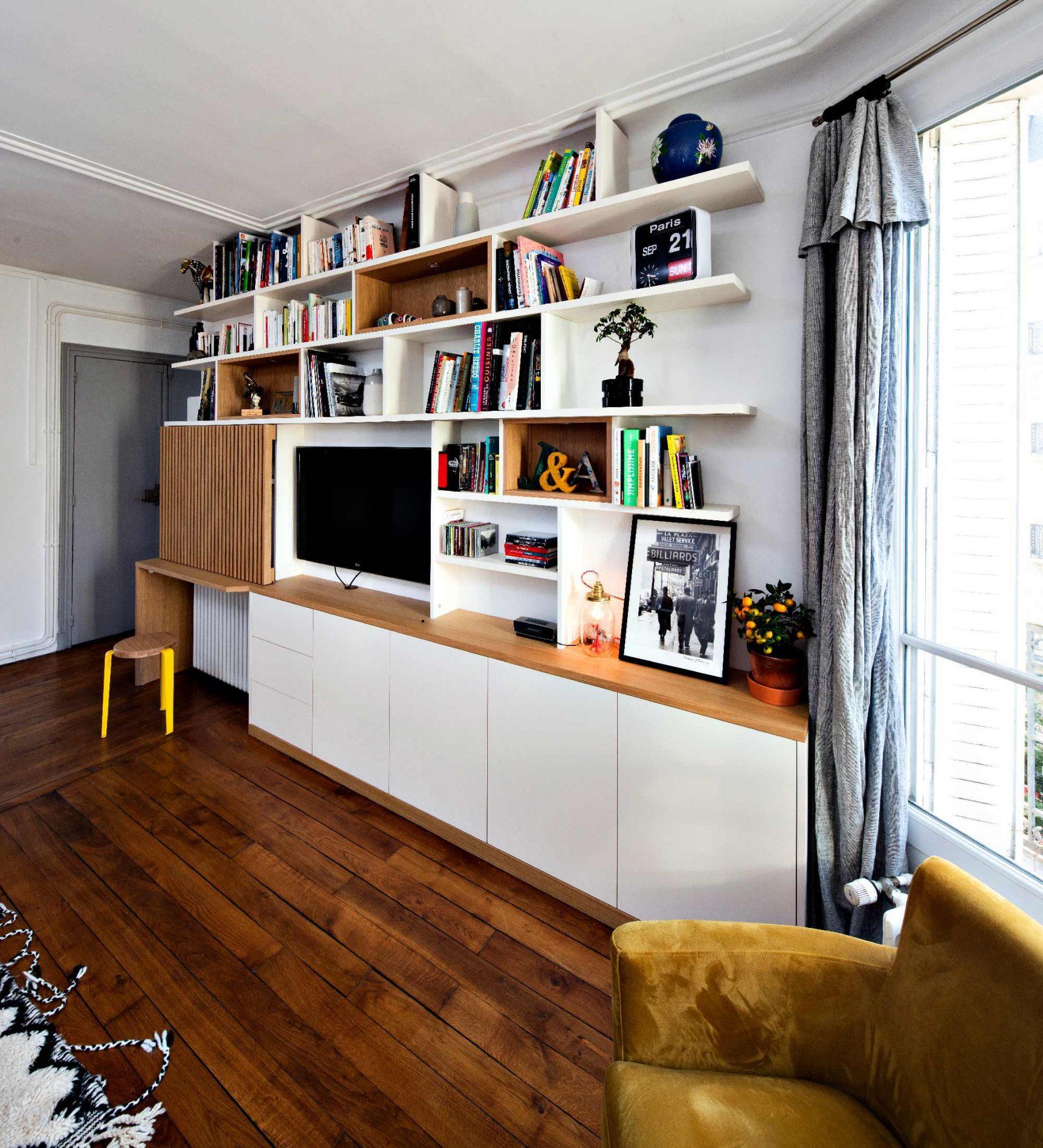 Bibliothèque Meuble TV avec bureau et portes coulissantes avec tasseaux en bois - vue de droite