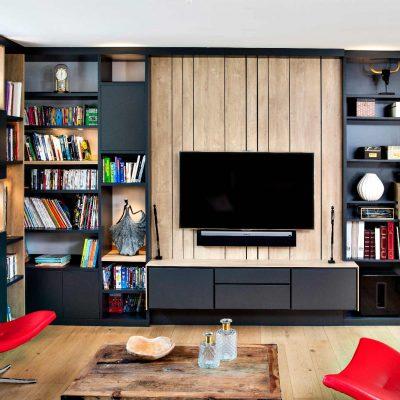 Bibliothèque TV gris lambris effet bois clair- vue de face