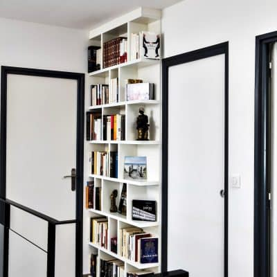 bibliothèque toute hauteur blanche