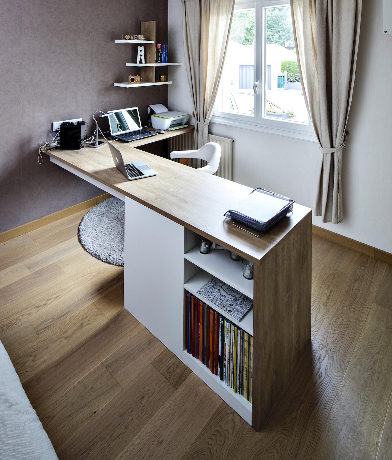 bureau en angle sur-mesure en bois