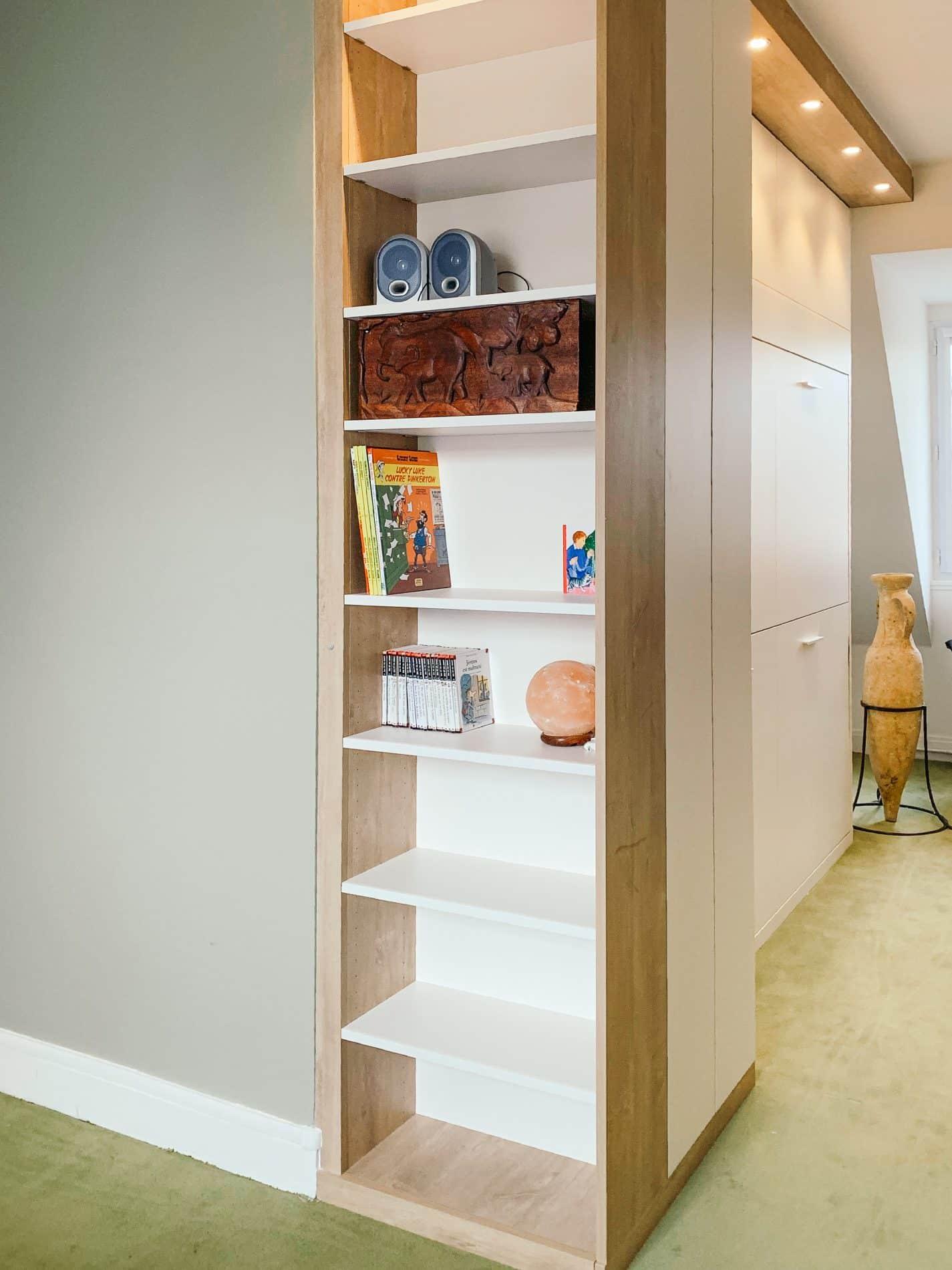 meuble de rangements blanc et bois clair